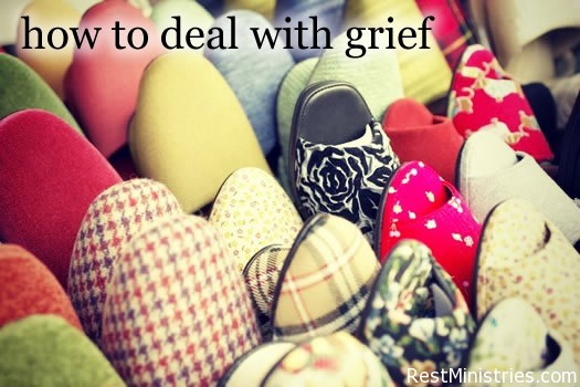 How to Deal With Grief In a Walk In Closet of Emotions